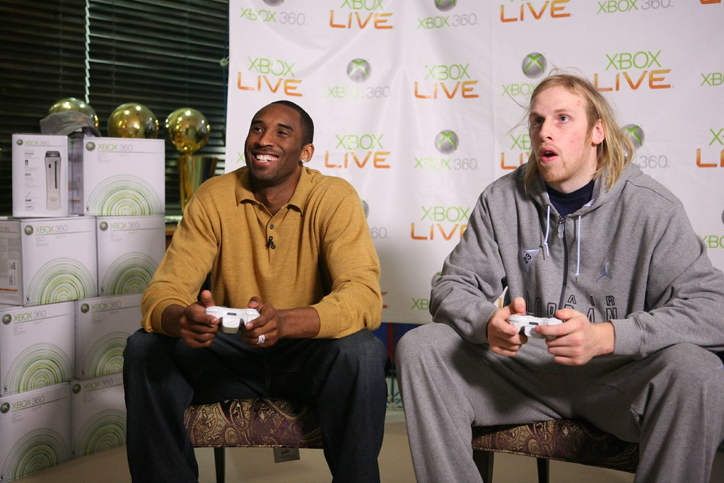 Kobe Settles The Score With Chris Kaman In This Photo Prov