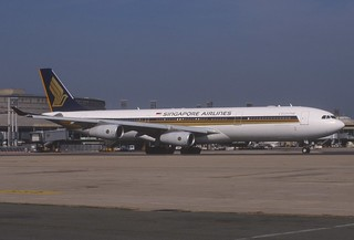 Singapore Airlines Airbus A340-313X; 9V-SJI@CDG, July 1997