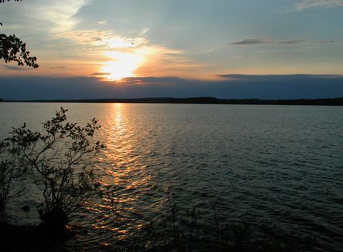 sunset dilomay05 lakedegray degraylakeresortstatepark