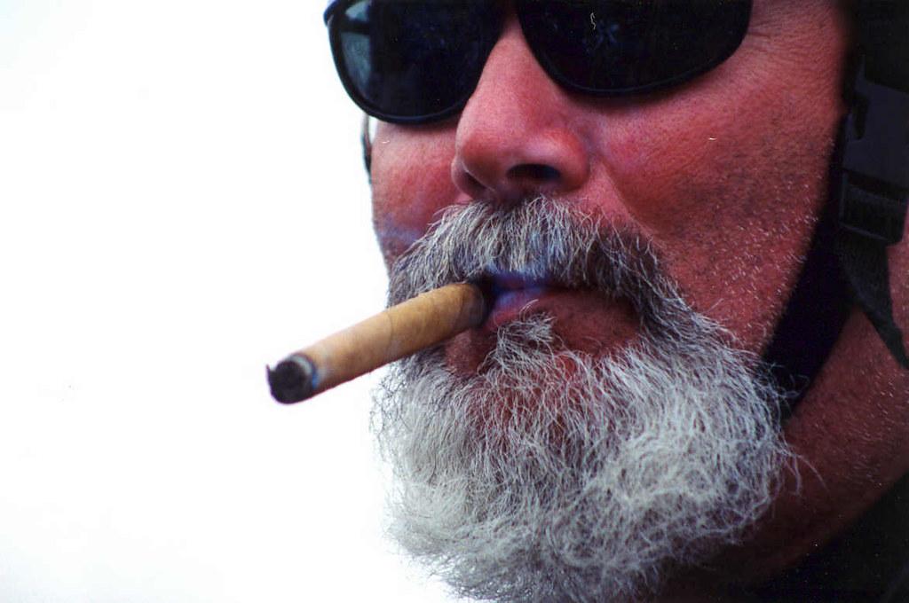 Cigar.Man.RT.Pentagon.VA.25may97