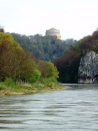 Danube River Gorge... click for larger image