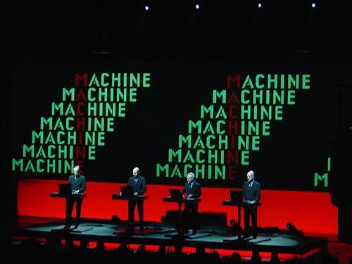 Kraftwerk - Hammerstein Ballroom, 6.1.05   by onelouder