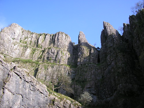 Cheddar Gorge | by half a world away