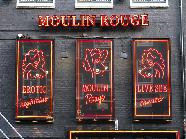 Moulin Red