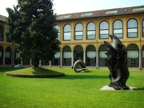 16/09/2007 13:00 Palazzo delle Stelline, Chiostro della Magnolia | by Marsala Florio