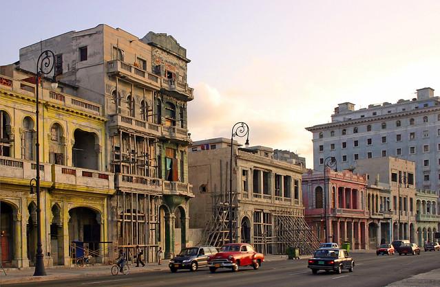 La Habana - Malecon - 040514-525