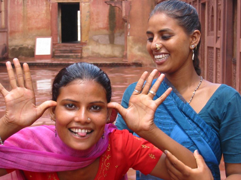AGRA fort rouge Inde Jeunes filles India