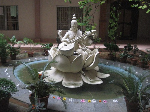 Saraswati Statue | by nickgraywfu