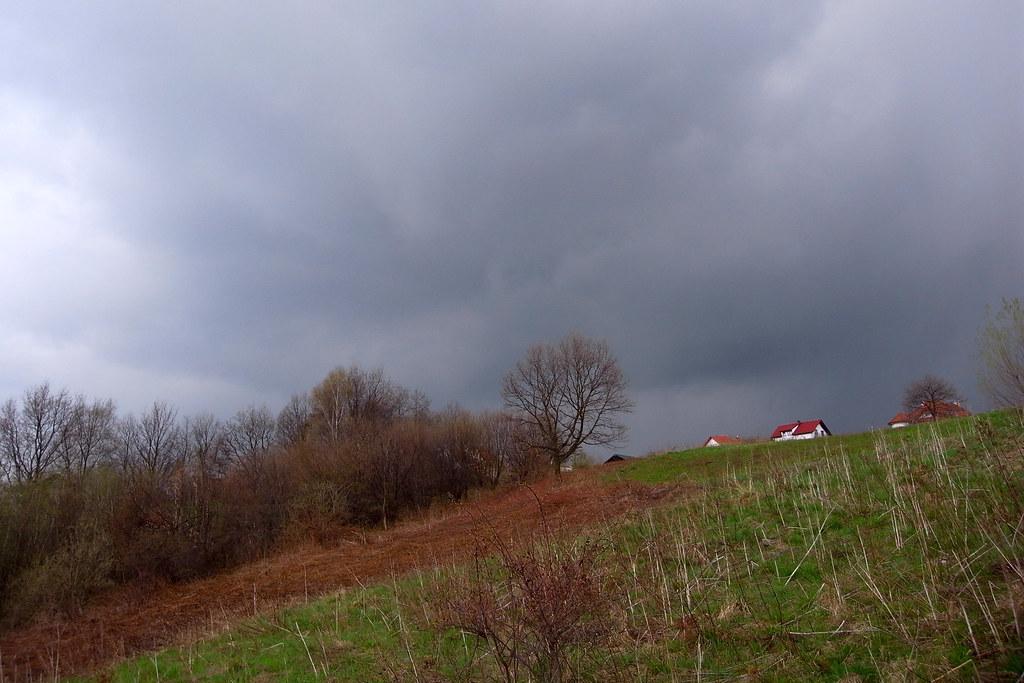 Idzie na burzę / Storm is coming
