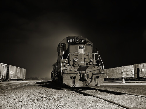railroad bw night train texas waco olympus unionpacific c4000 mkt railyard railfan bellmead