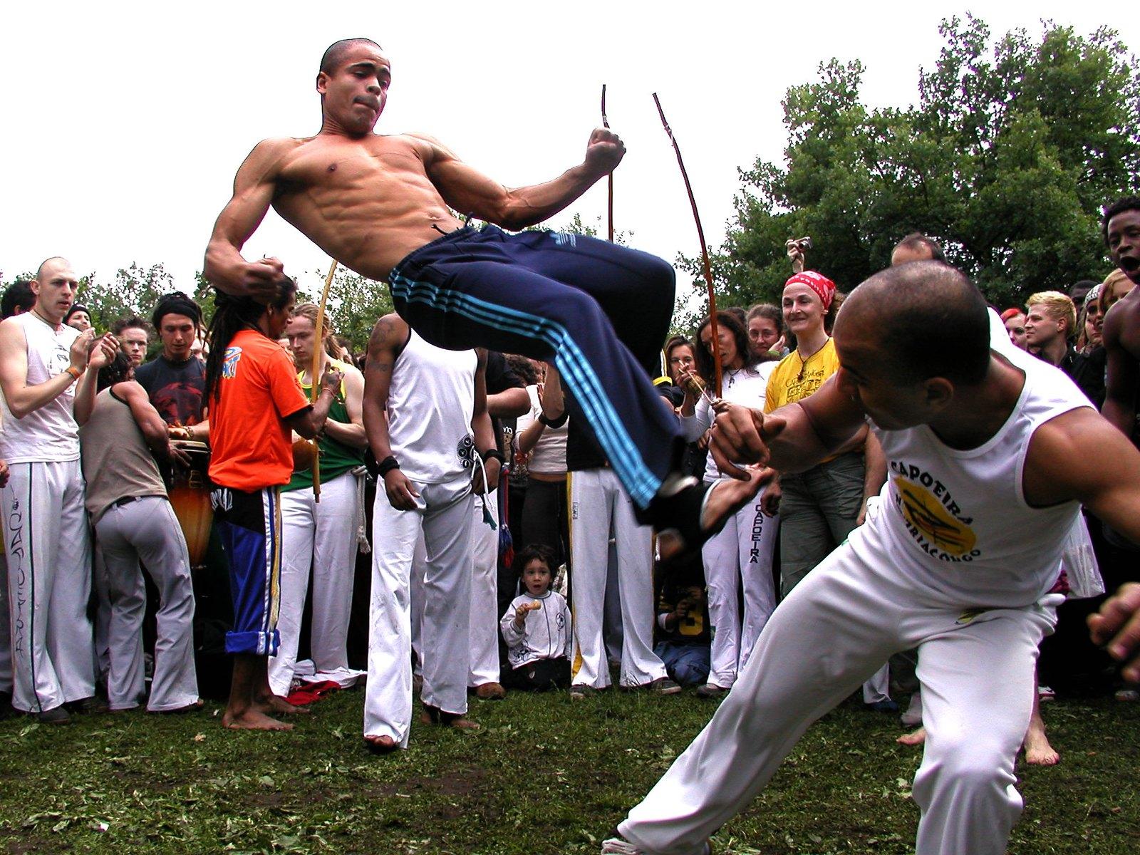 Capoeira - Mestre Mão Branca.