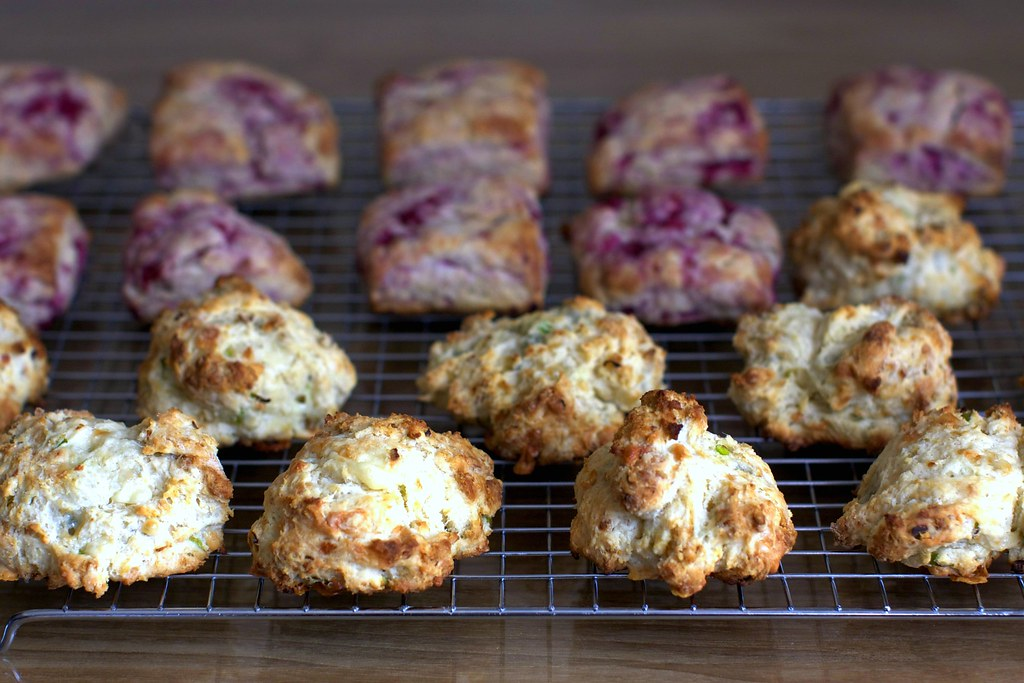 Drop Biscuits And Patted Out Scones Mushroom Cr 234 Pe Ca Flickr