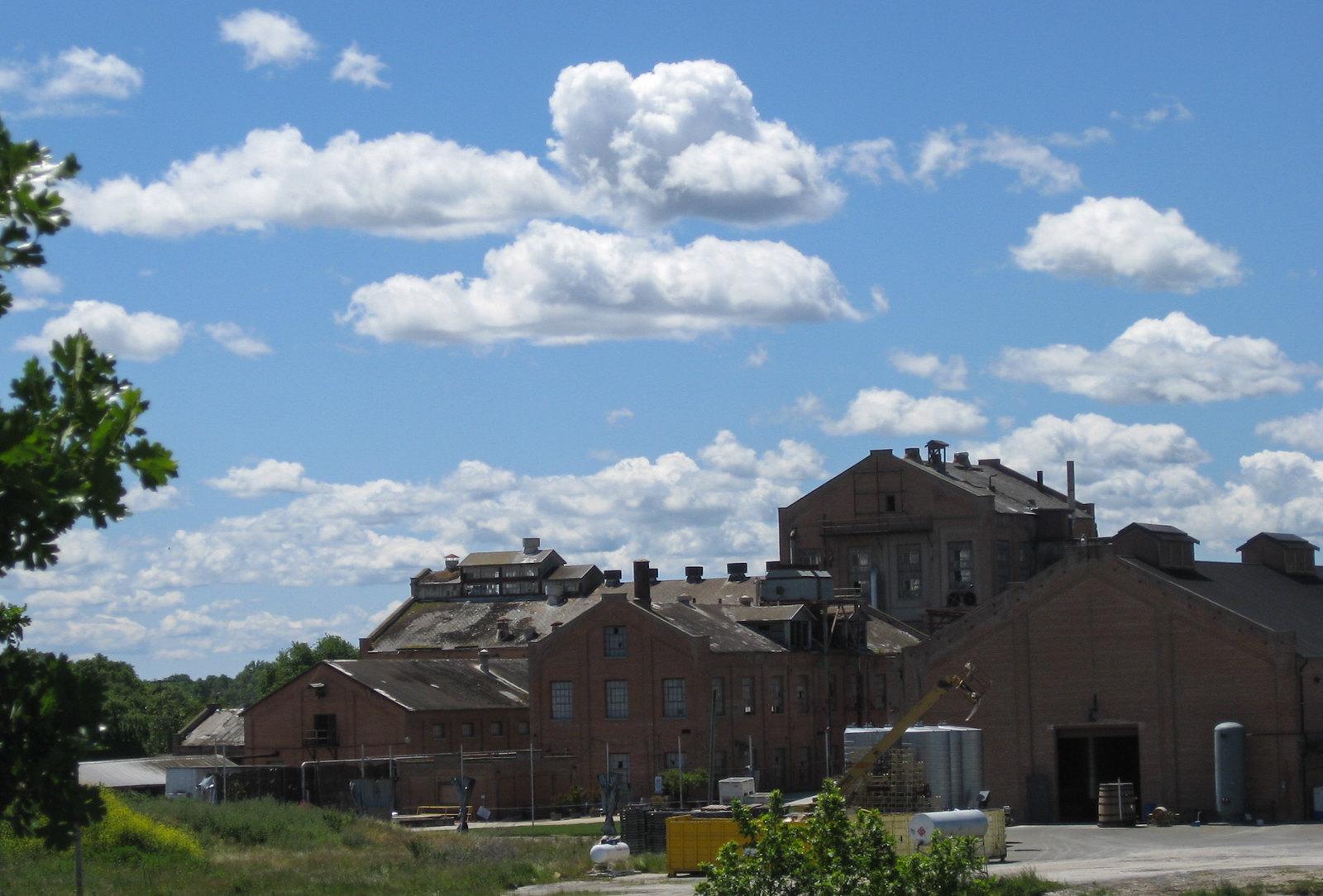 Old Sugar Mill Clarksburg (2043)