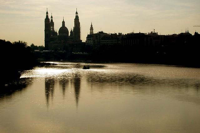 Basilica el Pilar y rio Ebro