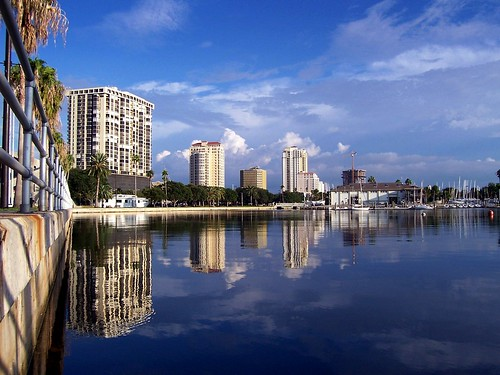 blue reflection water beautiful wow stpetersburg florida fl babel pinellascounty