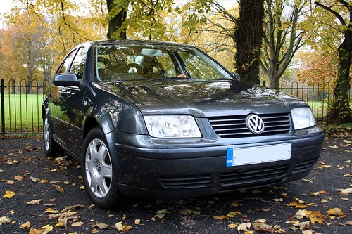 Volkswagen Bora 1.6 16V SE | by gluemoon