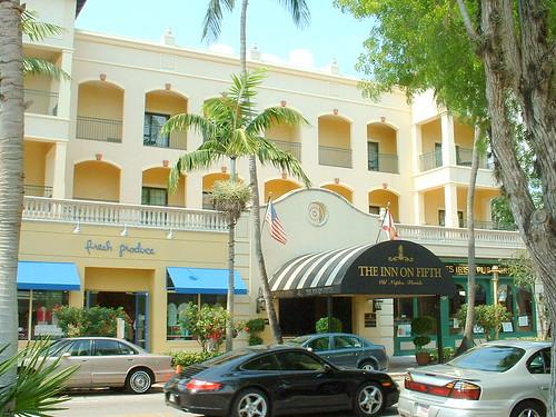 Fifth Avenue - Naples Florida | by Charlie Anzman