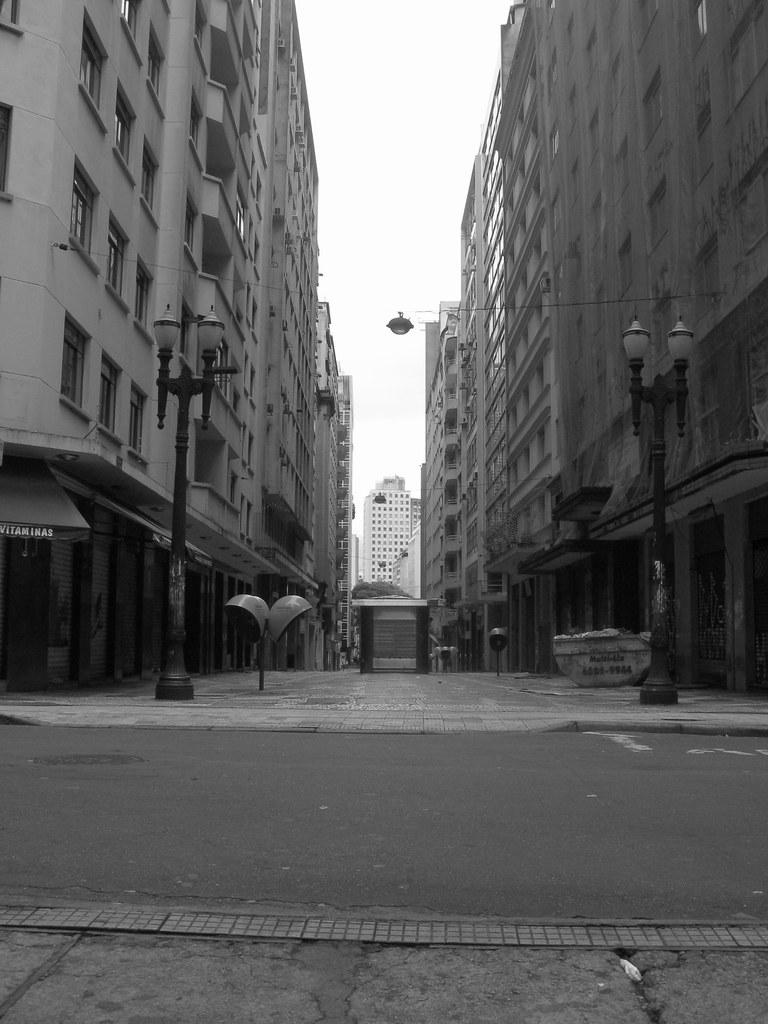 Rua vazia | Rua no centro de São Paulo, próximo a Praça da R… | Flickr