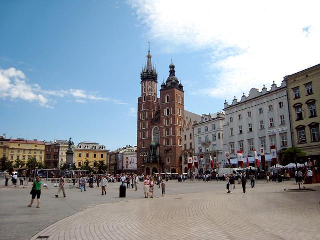 Krakow, Rynek Główny toward St. Mary's