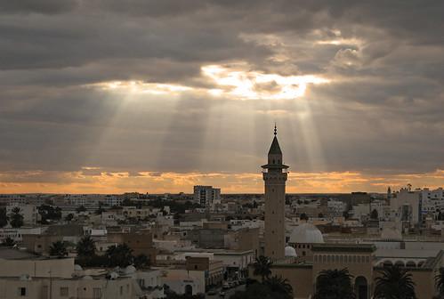 sunset pordosol tunisia minaret mosque tunes monastir minarete abigfave goldmedalwinner theunforgettablepictures goldstaraward almunastir