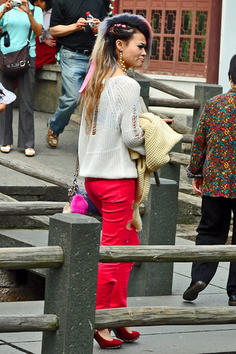 Chinese Tourists Are Definitely of a Different Kind! | by strawberrylee