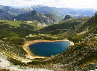Lago Ausente | by lugarzen