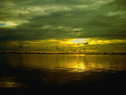 ocean sea water clouds sunrise bay florida miami 2006 calm silence serenity fl biscayne miamishores 33138 zip33138 vlayout fbpics