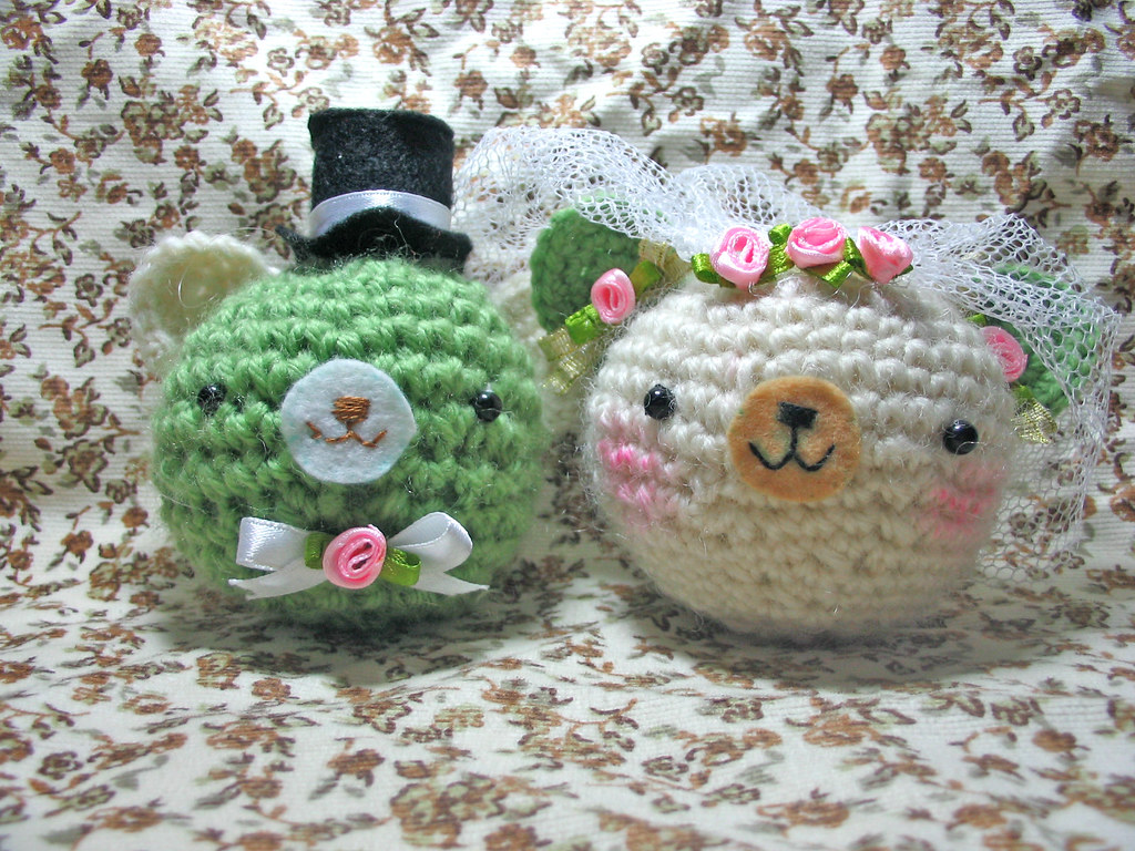 Items similar to Free shipping,Made to Order: Amigurumi Wedding ... | 768x1024