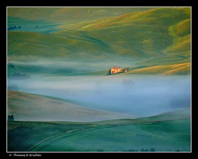 Dawn in Toscana