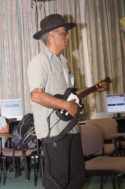 Yehuda Kaysar playing Guitar Hero