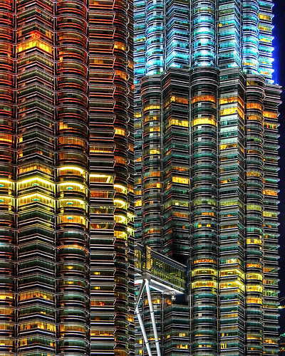 geotagged bravo nightshot petronas towers malaysia kuala coolest soe hdr lumpur blueribbonwinner supershot 5xp flickrsbest utatafeature anawesomeshot superbmasterpiece diamondclassphotographer flickrdiamond excellentphotographerawards geo:lat=3155857 geo:lon=101710546 platinumheartaward