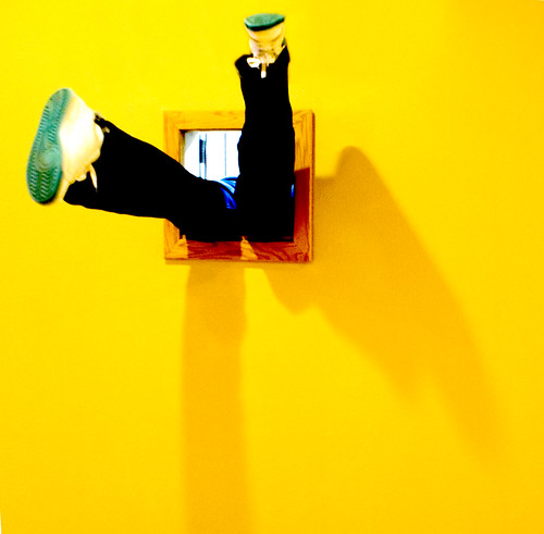 blue portrait feet me yellow wall self rachel shoes hole legs turquoise jeans half through halfway day183 365days futab phlow:status=away