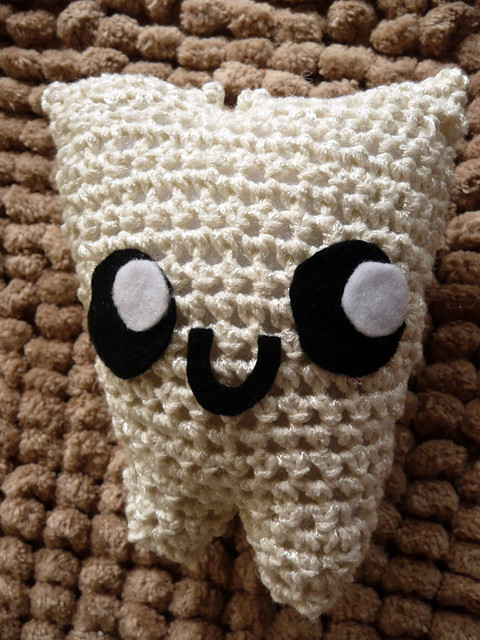 Dr. Steffy the Toothie Crochet Collections Pattern (Tooth ... | 640x480