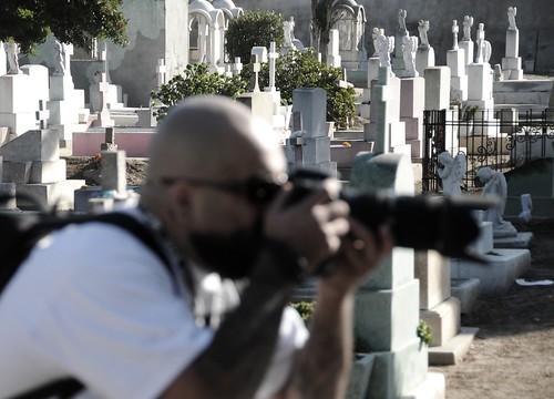 fotografiando en el panteón