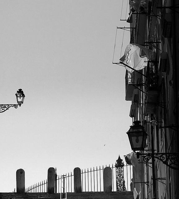 Lisbon: Black & White