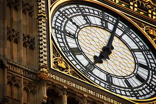 London's Big Ben at 19:03 | by kozumel