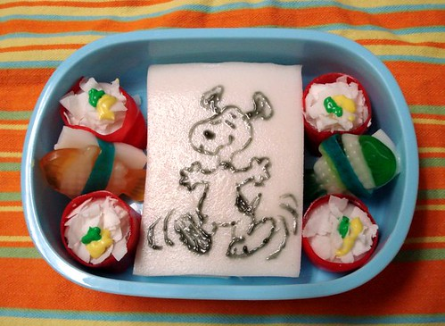 Silly snoopy snack bento | by Sakurako Kitsa