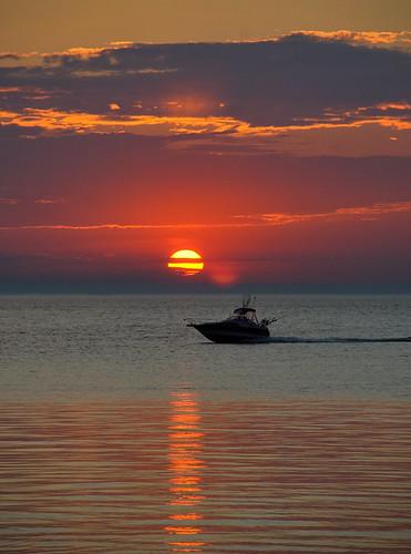 travel sunset usa sun water clouds boat lakemichigan manistee supershot anawesomeshot aplusphoto megashot flickrelite 0121sky richgreenephotography