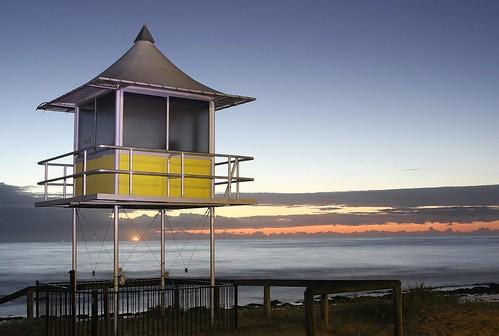 yellow sunrise lifeguard hut nsw centralcoast theentrance