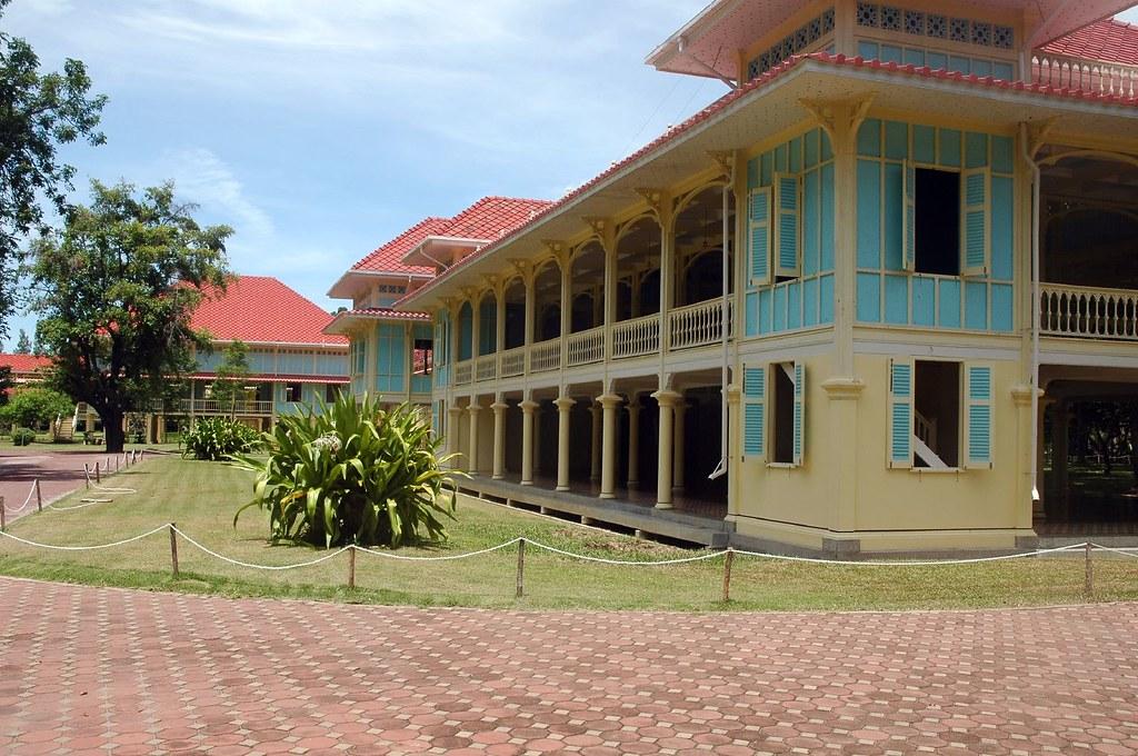 Maruekhathaiyawan Royal Palace, Cha Am   The summer seaside …   Flickr