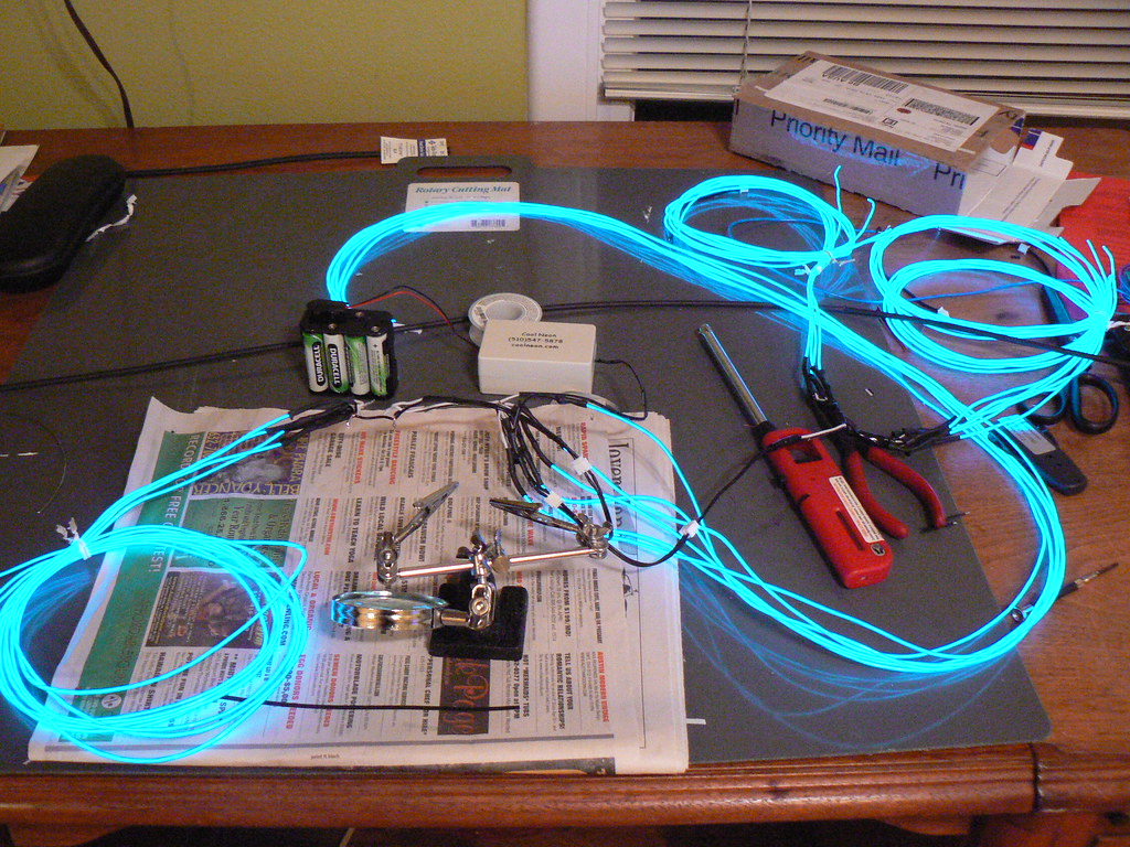 Both wiring harnesses, with EL wire   It works! Working with ... on motor works, electronics works, pump works, clutch works,