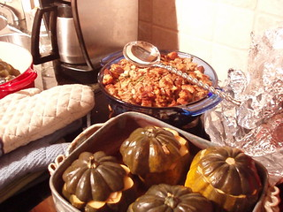 Apple-walnut stuffing and stuffed acorn squash | by poco-cocoa