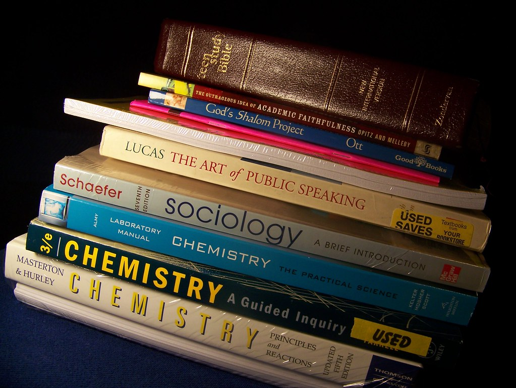 Used College Textbooks >> College Books Total Suckage Wohnai Flickr
