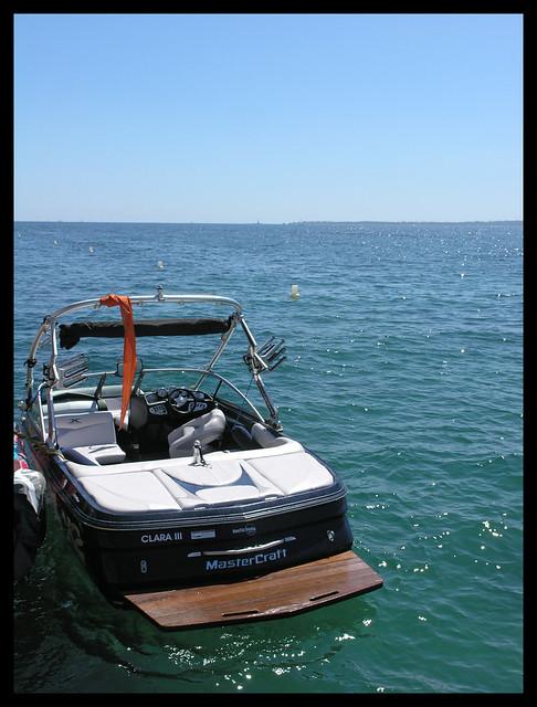 Juan-les-Pins - empty motorboat