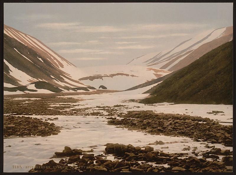 [Snebrae at Advent Bay, Spitzbergen, Norway] (LOC)