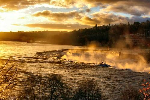sunset mist water oregon dusk falls rapids willamette oregoncity willamettefalls