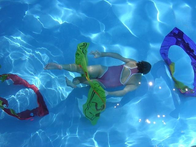 Diving hoops