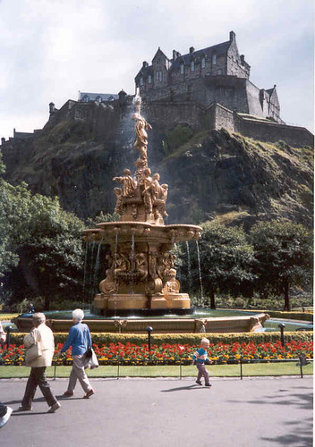 Edinburgh Castle from the Castle Gardens below | by tvordj