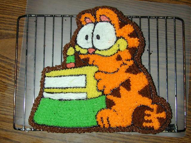 Swell Garfield Birthday Cake Yagartheviking Flickr Personalised Birthday Cards Veneteletsinfo