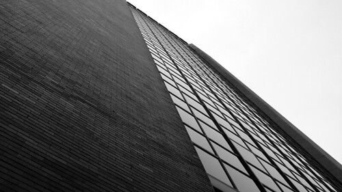 200609_29_03 - Glass and Bricks